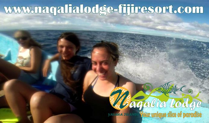 https://www.naqalialodge-fijiresort.com/wp-contenReview from our friends-Wayalailai island-Fiji-Yasawa group-Naqalia Lodge-